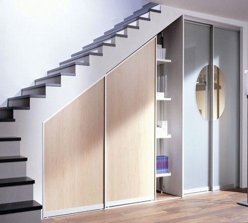 Встроенный шкаф-купе под лестницу №2