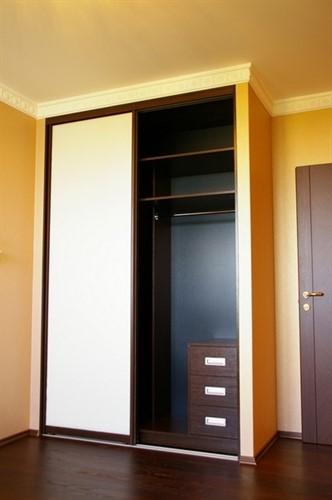Встроенный шкаф-купе в прихожую №3